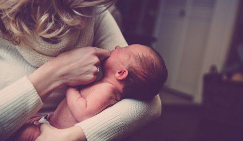 Samo 40 odsto beba se doji prvih šest meseci 1