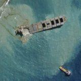 Velike demonstracije na Mauricijusu zbog zagađenja mora naftom 6
