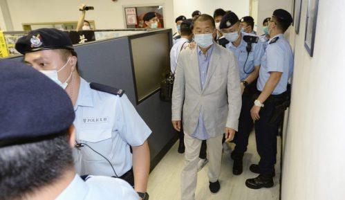 Uhapšen vlasnik prodemokratskih medija u Hongkongu 10