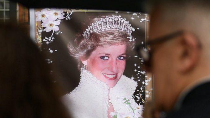 Elizabet Debicki će igrati Princezu Dajanu u seriji Kruna 2