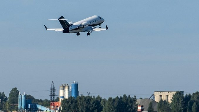 Avion s ruskim disidentom Navaljnim sleteo u Nemaču 2