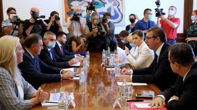 Vučić: Apsolutno poštovanje Dejtona, zabrinuti smo zbog čestih pretnji ratom 3