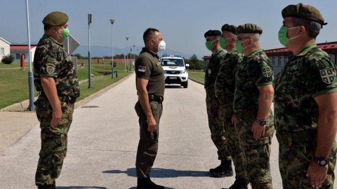 Vulin obišao pripadnike Petog bataljona vojne policije 3