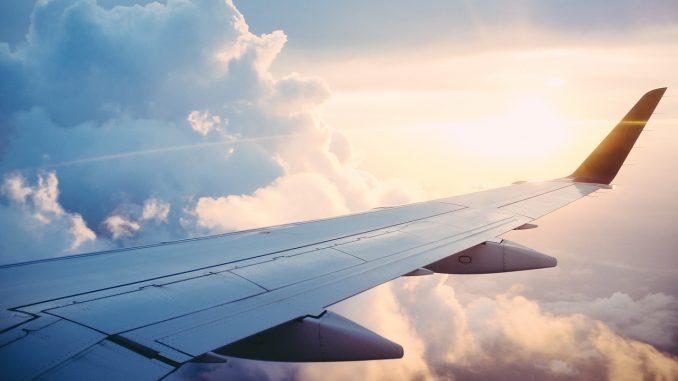 Ministar: U avionu iz Skoplja za Finsku većina putnika sumnjivih na KOVID s pasošima Kosova 2