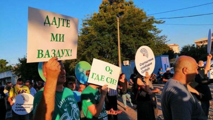 Protest protiv zagađenja u Smederevu: Građani najavili privatne tužbe (VIDEO) 1