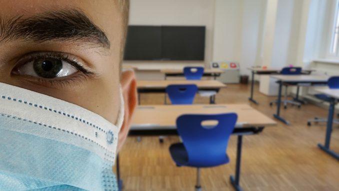 Svet bez jedinstvenog modela za povratak đaka u školske klupe 1
