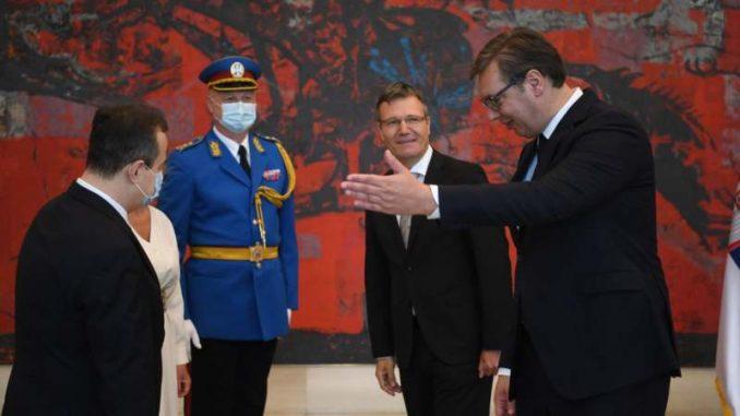 Vučić primio akreditivna pisma ambasadora Slovenije, Poljske i Kambodže 1