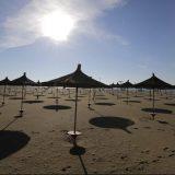Kazne i do 3.000 evra za one koji su krali beli pesak sa plaža na Sardiniji 10