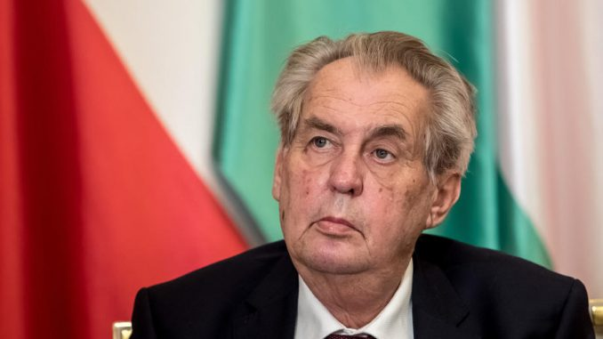 Predsednik Zeman pozvao Čehe da se masovno vakcinišu 3