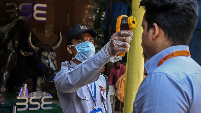U Indiji najviše zaraženih u danu od početka epidemije korona virusa 5