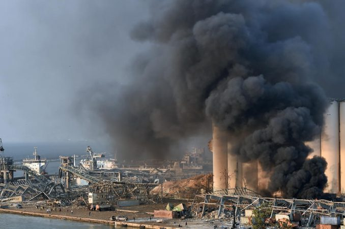 Veliki požar izbio u luci u Bejrutu, mesec dana nakon eksplozije 5