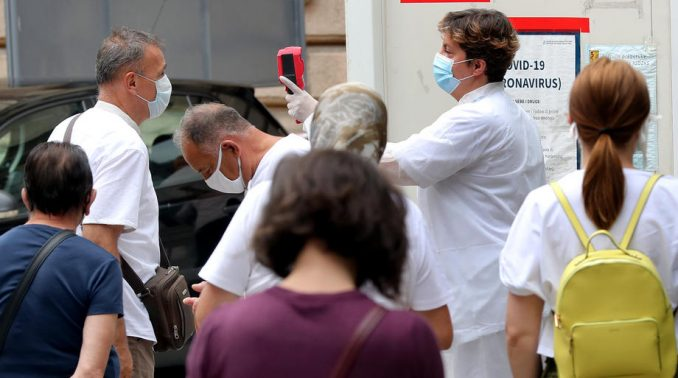 Sarajevo: Obustavljeni odmori u zdravstvu 4