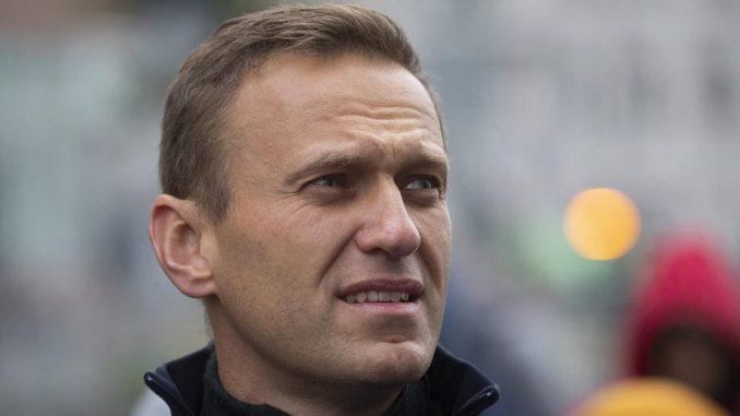Navaljni veoma slab, advokati traže da bude prebačen u civilnu bolnicu 1