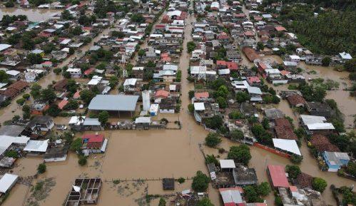 U uraganu Laura u SAD stradalo šest ljudi 14