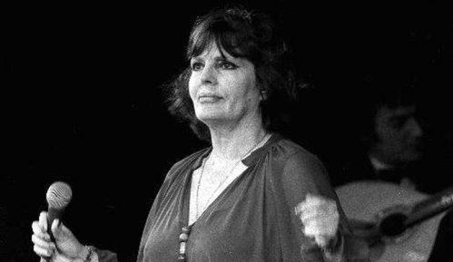 Portugal obeležava 100 godina od rođenja Amalije Rodrigeš 10