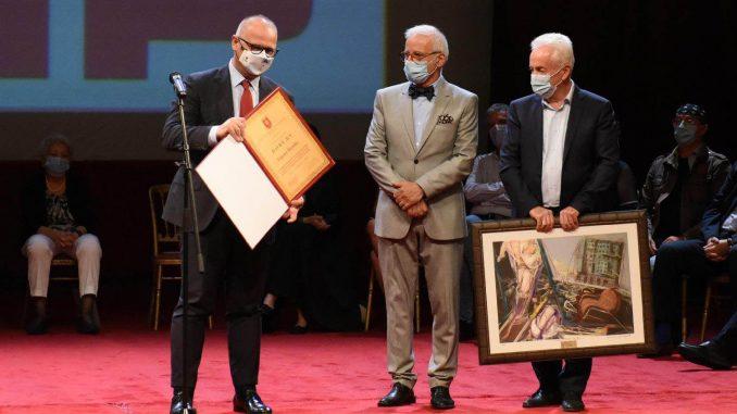 Članovi žirija daju ostavke, laureati vraćaju nagradu 1
