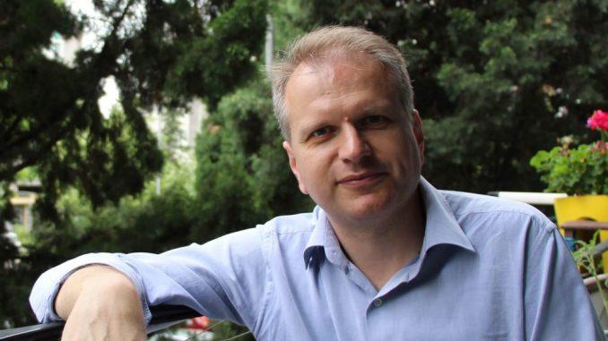 Srđan Perić: Nova vlast u Crnoj Gori mora demontirati mrežu povlašćenih 4