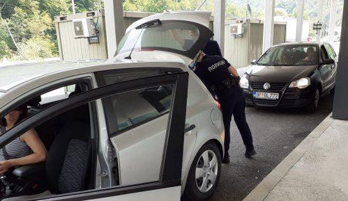Vraćeni sa prelaza sa Crnom Gorom zbog nejasnog uputstva 9