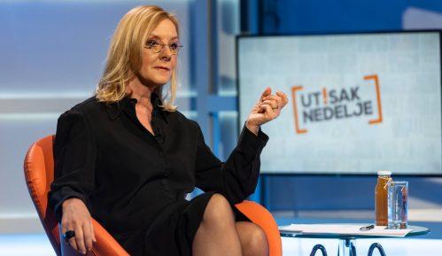 Bećković: Jedini zahtev da se u emisiji Hit tvit pročita da je ona plagijat 7