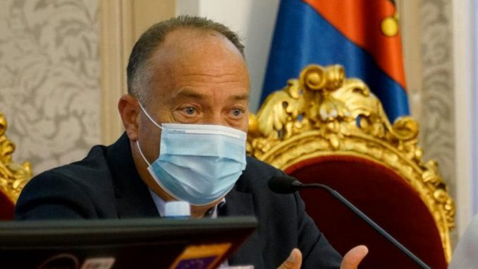 Šarčević: Od 1. septembra oboleo 51 đak, sedmoro zaposlenih zaraženo korona virusom 4