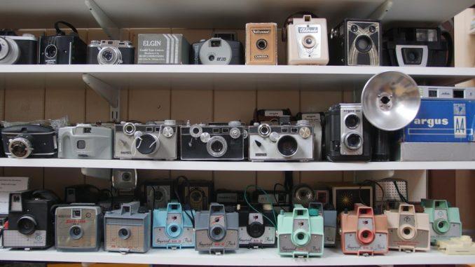 Čovek koji je posedovao 3.000 foto-aparata 3