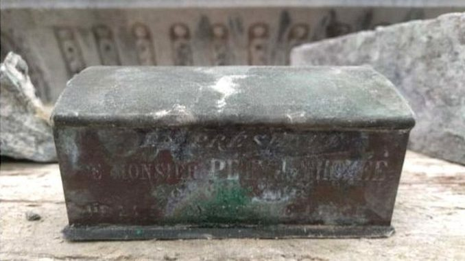 Kovčeg sa srcem belgijskog gradonačelnika pronađen u fontani 1