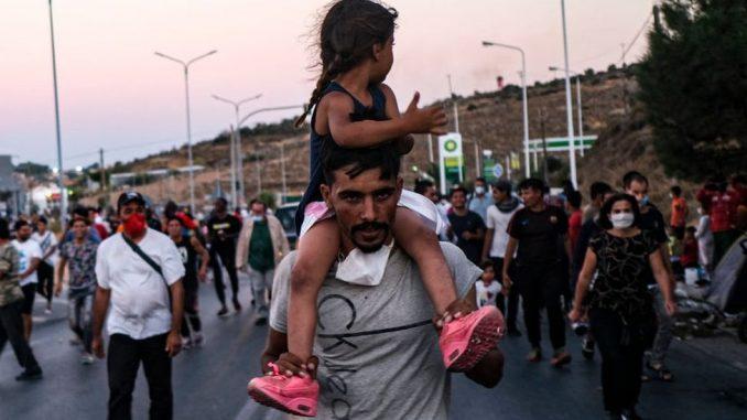 Migranti i uništeni kamp Morija: Grčka pozvala Evropsku uniju da pomogne 4