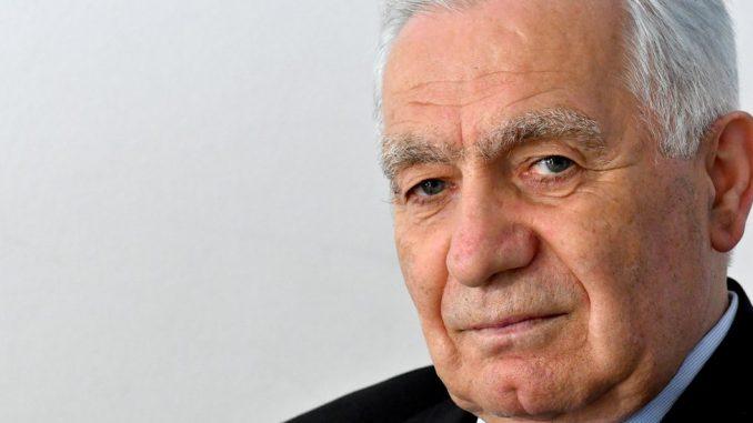 Korona virus u Bosni i Hercegovini: Preminuo Momčilo Krajišnik 4