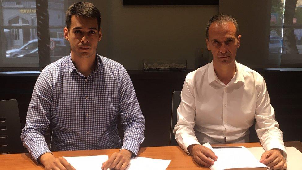 Advokati Miloš Petrović (levo) i Milan Petrović (desno)