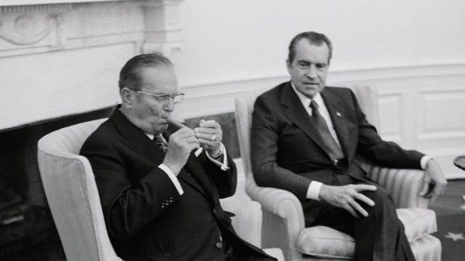 Srbija, Amerika i Tramp: Šta bi za Srbiju značila poseta američkog predsednika 1