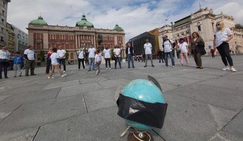"""Svetski dan turizma obležen na Trgu uz """"minut ćutanja za turizam"""" 1"""