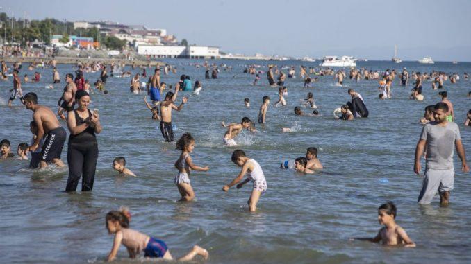 Ovogodišnja turistička sezona lošija za 90 odsto od prethodne 3