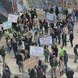 Protest zaposlenih na Filološkom fakultetu, traže da se nastavi izbor dekana (FOTO/VIDEO) 18