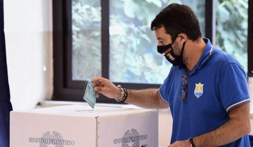 Italijani na referendumu glasali za smanjenje broja poslanika, levica zadržala Toskanu 2