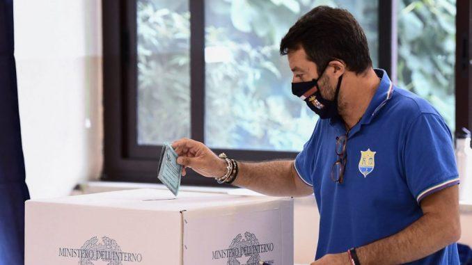 Italijani na referendumu glasali za smanjenje broja poslanika, levica zadržala Toskanu 4