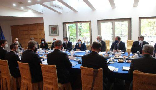 Mihajlović se sastala sa delegacijom DFC-a 4