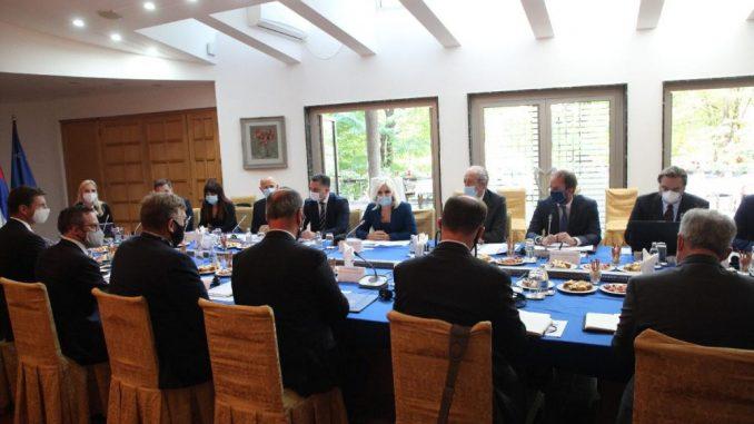 Mihajlović se sastala sa delegacijom DFC-a 3