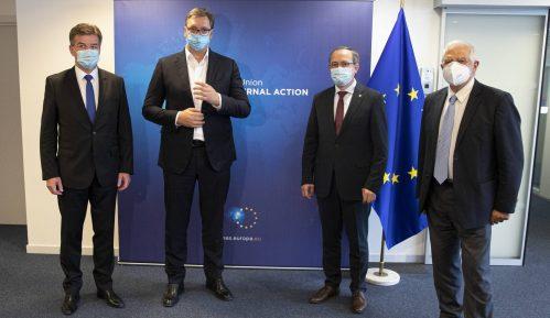 Izvori EU: Nema razloga da smena u Vašingtonu utiče na dijalog Beograda i Prištine 11