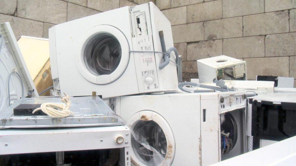 Gde adekvatno odložiti električni i elektronski otpad? (VIDEO) 4
