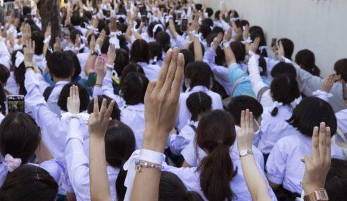 Protest srednjoškolaca u Tajlandu, jedan od zahteva ostavka ministra obrazovanja 14