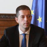 Marko Đurić osudio napad u Donjoj Brnjici kod Prištine 11