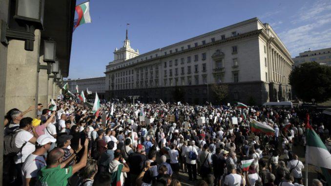 RSE: Eskalacija protesta protiv Borisova i korupcije u Bugarskoj 5