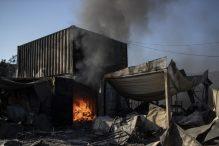 Malo ostalo od grčkog izbegličkog kampa Morija posle drugog požara 7