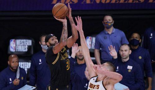 Lejkersi u finalu NBA lige, dobra partija Jokića u porazu Denvera 5