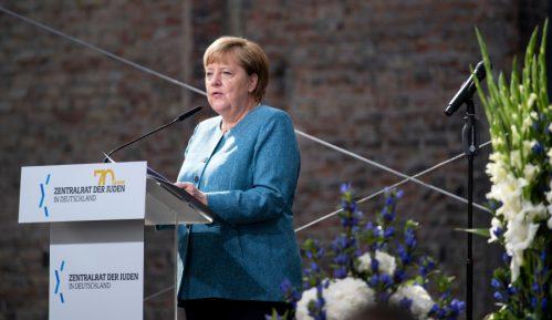Merkel osudila sramotu oživljavanja antisemitizma na 70. godišnjicu jevrejske grupacije 1