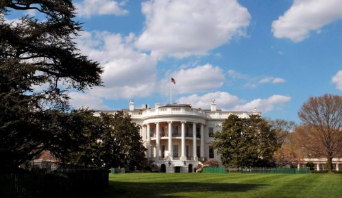 Kina kritikuje povlačenje SAD iz Sporazuma o otvorenom nebu 11