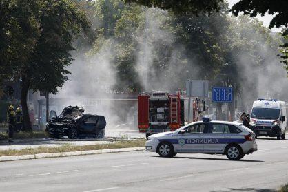 Eksplodirao auto na Novom Beogradu, preminuo povređeni Strahinja Stojanović (FOTO) 4