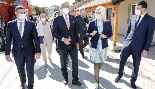 Mihajlović: Najvažniji posao briga o svim građanima, naročito o Romima 4