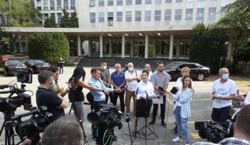 Tepić: MUP i vrh države zataškavali prebijanje u Novom Sadu 2