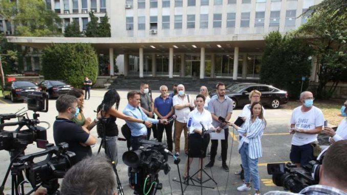 Tepić: MUP i vrh države zataškavali prebijanje u Novom Sadu 3